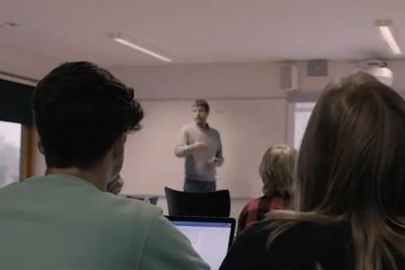 Video: Lærerens arbejde med digitale kompetencer i Engelsk og Matematik